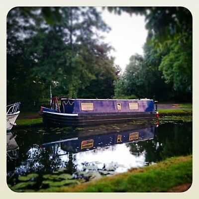 Lovely cosy, live aboard Narrowboat. Still available due to timewasters.