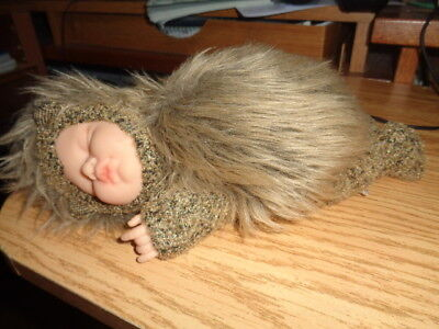 Anne Geddes - Baby Hedgehog