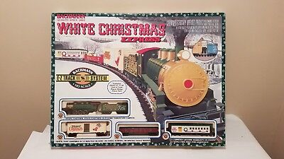 """Bachmann """"White Christmas Express"""" Electric Train Set HO Scale #00609 (Complete)"""