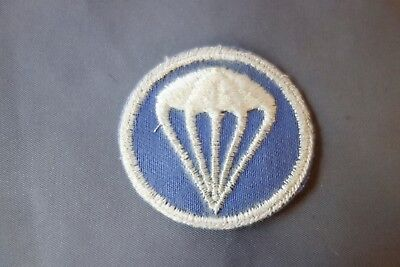 On Twill US Army Parachute Blue Background Artillery Overseas Hat Device