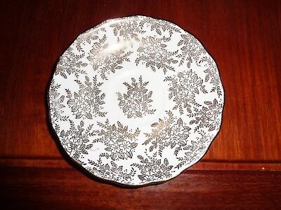Pretty Royal Vale Gold On White Saucer