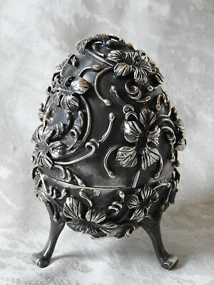 Russian silver hunting egg with rabbit 1878 Ag 84