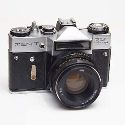ZENIT EM SLR 35mm CAMERA with HELIOS-44M 2/58mm LENS FILM VIDEO