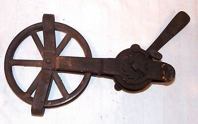 Endurance Clothes Line Tightener Pulley by Smart of Brookville Ont. Canada 1925