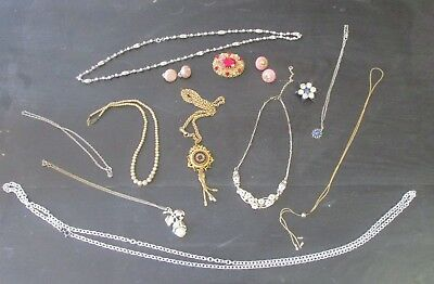 VINTAGE JEWELRY LOT OF NECKLACES  BROOCHES EARRINGS ANTIQUE & Modern