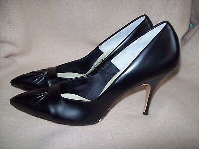 VTG 50's 60's Stylepride 4 inch heal Pointy Toe Pumps Womens SHOES Size 8AA NOS