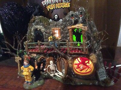 Department 56 Halloween Haunted Fun House