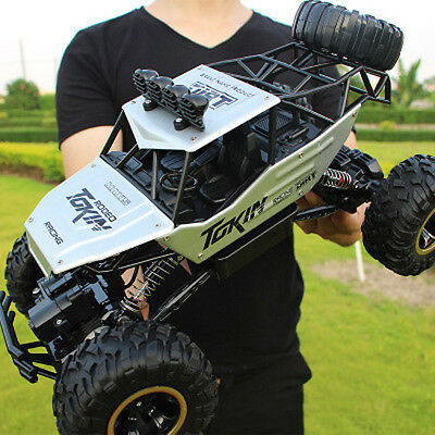RC Car 1/12 4WD Remote Control Vehicle 2.4Ghz Electric Monster Buggy Off-Road ws