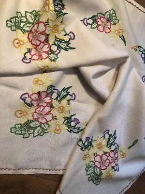 Vintage Hand Embroidered Linen Tablecloth Great Britain Flowers Irish Scottish