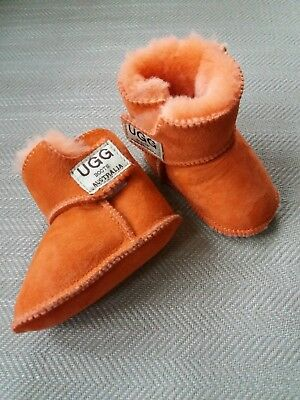 baby ugg cosy boots orange 0-3 months