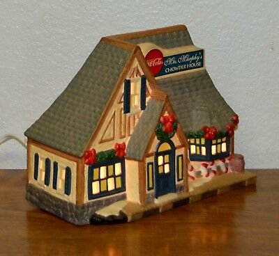 """Coca Cola Town Square Christmas Village Mrs Murphys Chowder House Lit Up 6"""" Tall"""
