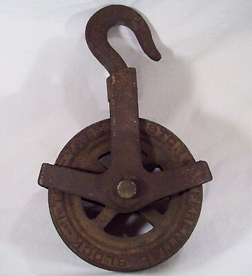 Antique Yale & Towne 1 - TON Industrial Cast Iron Dual Pulley Chain Block