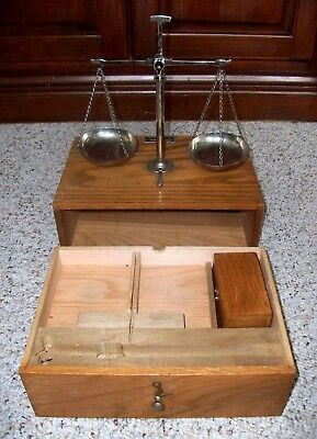 Antique Henry Troemner 4 Oz Apothecary Balance Scales  With Weights