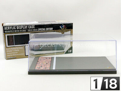 Greenlight Collectibles - 1/18 - Boite-Vitrine Indianapolis Motor Speedway Yard