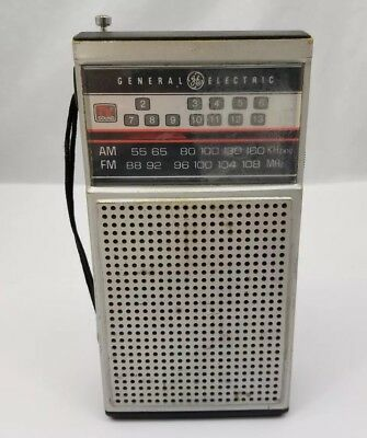 Vtg General Electric AM/FM TV Transistor Radio GE Model 7-2924A DC Power Works