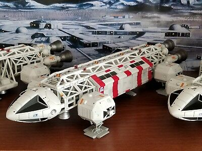 Space 1999 Eagle Medical Transporter Product Enterprise Gerry Anderson Diecast