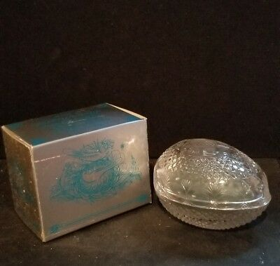 Avon Mother's DayFostoria egg  glass soap dish &  spring Lilac soap 1977 New