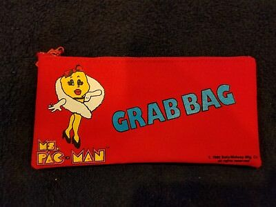 Vintage Ms. Pacman zipper grab bag / wallet from Bally/Midway - 1980