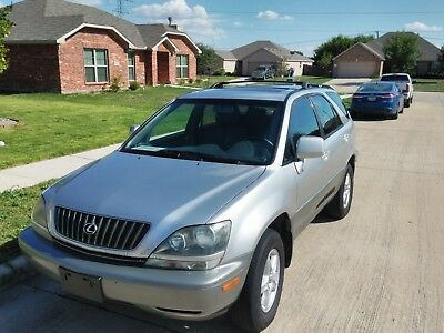 1999 Lexus RX 300 1999 Lexus RX300 Silver with Sunroof
