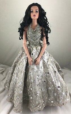 Tonner AS TIME GOES BY Tyler Wentworth 2005 Collectors United New Years Cele.