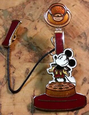 Mickey Retro Telephone DISNEY 2004 Pin Vintage Collection #8  FREE SHIPPING
