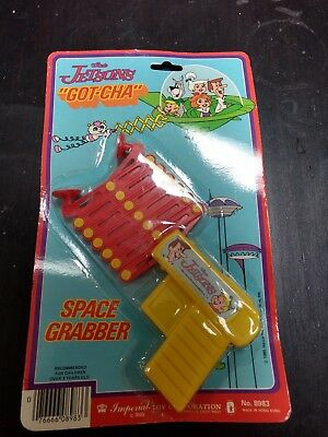 """Vintage 1985 The Jetsons- """"Got-cha"""" Space Grabber Imperial toy cooperation"""