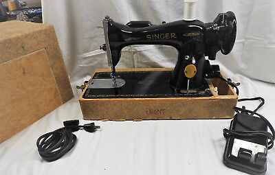 Antique Singer Sewing Machine Very Good Working Condition