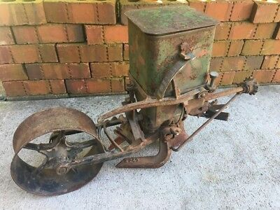 Vintage Planet Jr No 4 Seeder Planter Garden Tool Farming Machine 1