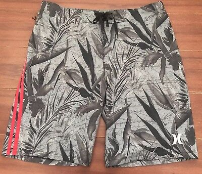 Men'S Hurley Phantom Board Shorts, Size 32. New Without Tags.
