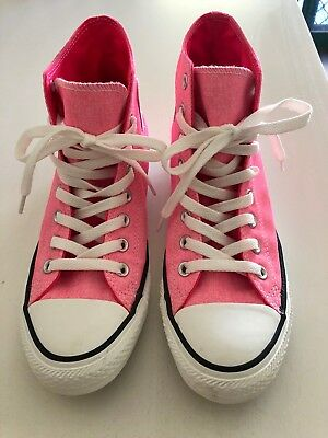 Women's hi top pink Converse shoes. Size AUS 9. Exc condition