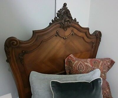Gorgeous Antique Vintage carved ornate single bed - Excellent Condition