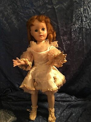 """Vintage 1952-1954 """" Sweet Sue """" American Character Doll"""