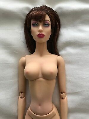 """Sybarite Superdoll """"Oxide"""" Vgc With Attached Wig, Box And Stand"""