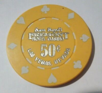 1985 Fremont Casino Las Vegas .50 Cent Gaming Chip Great For Any Collection!