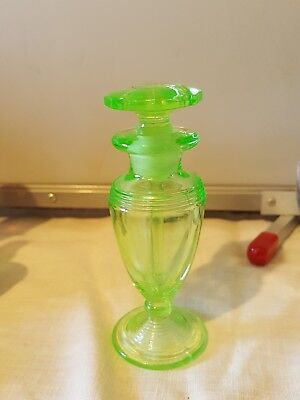 Beautiful Vintage Green Depression Glass Vanity Perfume Bottle with Stopper