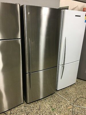 Fisher and Paykel 440 litre Fridge/Freezer (2mth warranty)