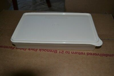 Tupperware Slice N Stor Container