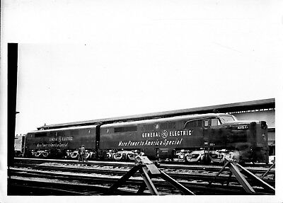 1950 GE More Power to America Special Train Diesel Electric 5x7 Photo X2200S R