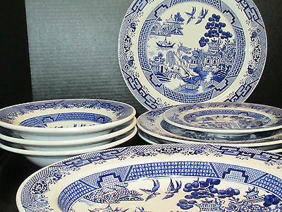 Oxford Blue Willow Brazil Great Collection Vintage 8 Pieces Blue & White