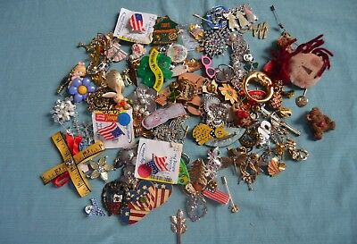 Large Lot of Vintage To Now Buttons, Pins  & Brooches    (B13)