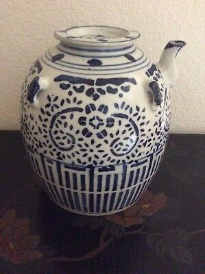 Large Vintage Hand Painted Chinese Porcelain Tea Pot White And Blue