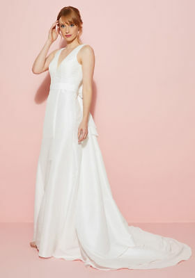 Modcloth Bariano Wedding You May Now Bliss The Bride White 12 Removable Train