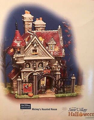 "DEPARTMENT 56 DISNEY ""MICKEY'S HAUNTED HOUSE"" SNOW VILLAGE HALLOWEEN -Display"