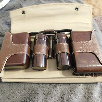 Vintage Bakalite??? Gents Travel Grooming Kit