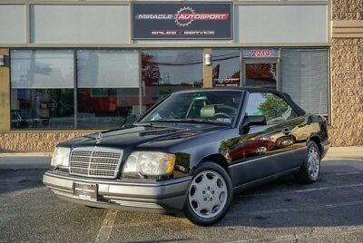 1995 Mercedes-Benz E-Class  E320 free shipping warranty pristine collector cabriolet finance clean