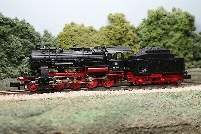 Fleischmann 7157 Class BR 56 2-8-0 of the DB in black & red livery