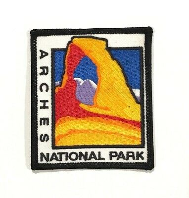 Official ARCHES NATIONAL PARK Souvenir Utah PATCH Delicate Arch Embroidered