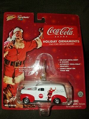 Johnny Lightning Coca Cola 1940 Ford Sedan Delivery Vehicles New in Packaging