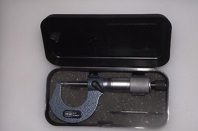 """0-1"""" Traditional External Micrometer Moore and Wright Outside Mic 1965"""