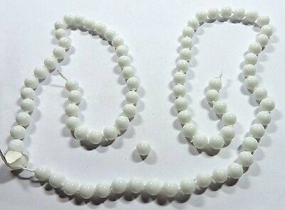 """New Old Stock White Round Stone Natural Bead Necklace 28 1/2"""" 8 mm As Is FASH35"""